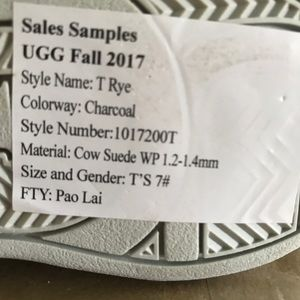 UGG Shoes - NWT Rye toddler uggs (unisex)